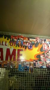 "Typiskt ""wall of flame"""