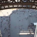 Eiffel tower queues