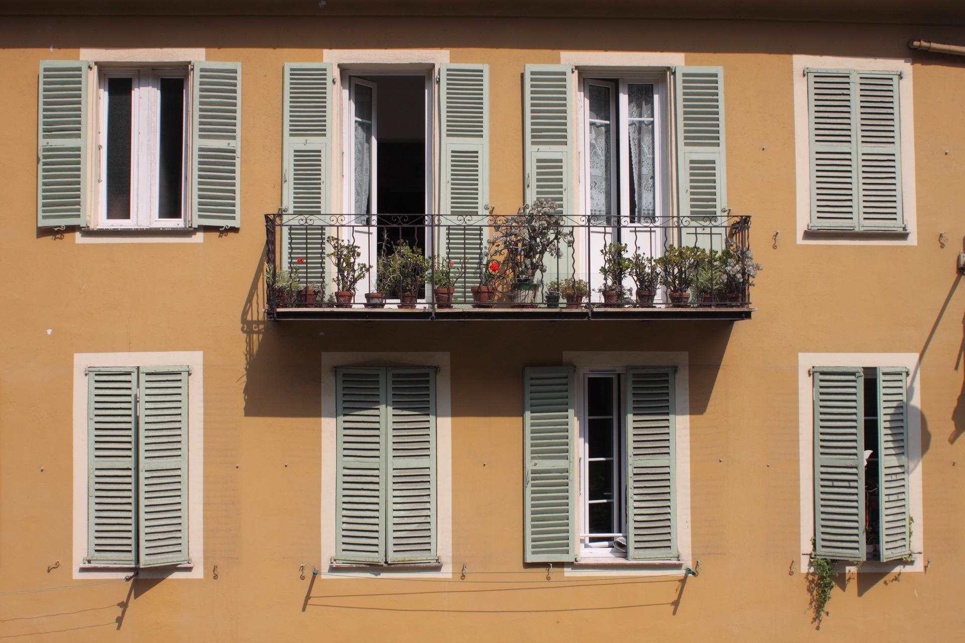 Shutters in Nice
